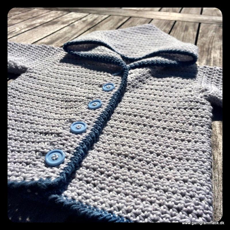 Baby hættetrøje med knapper_10