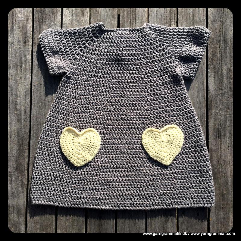 Lillepigekjole med hjertelommer_10