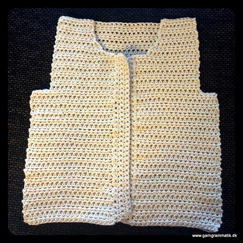 Baby hættetrøje med knapper_4
